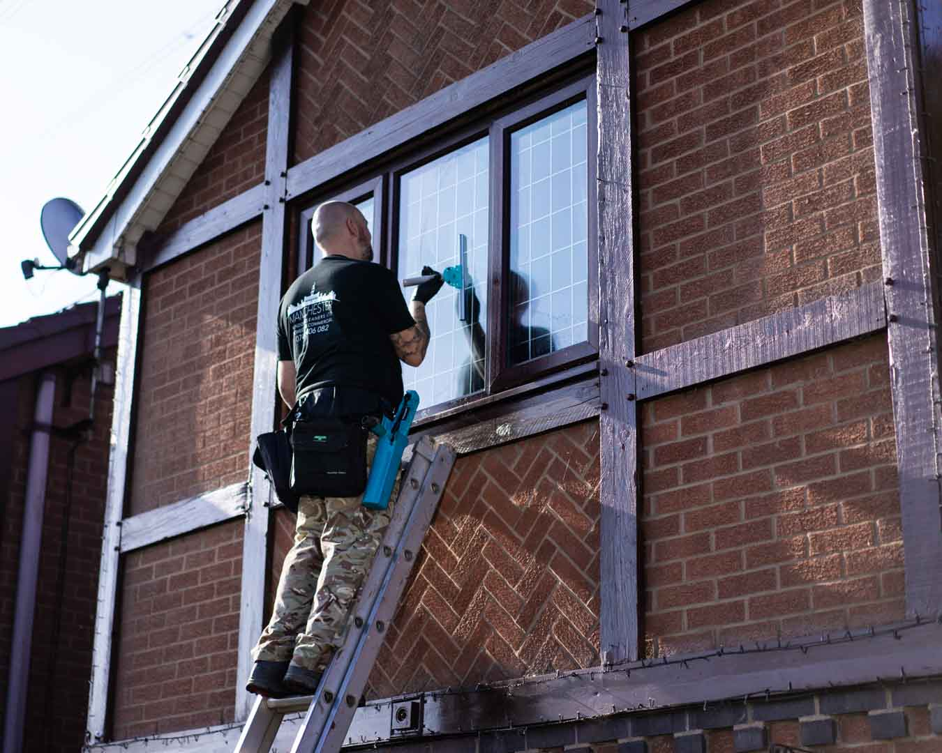 Manchester Window Cleaners LTD Richard Carroll Photography (11)